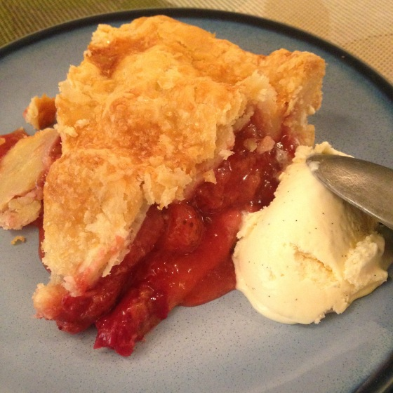 Strawberry rhubarb pie with vanilla bean ice cream